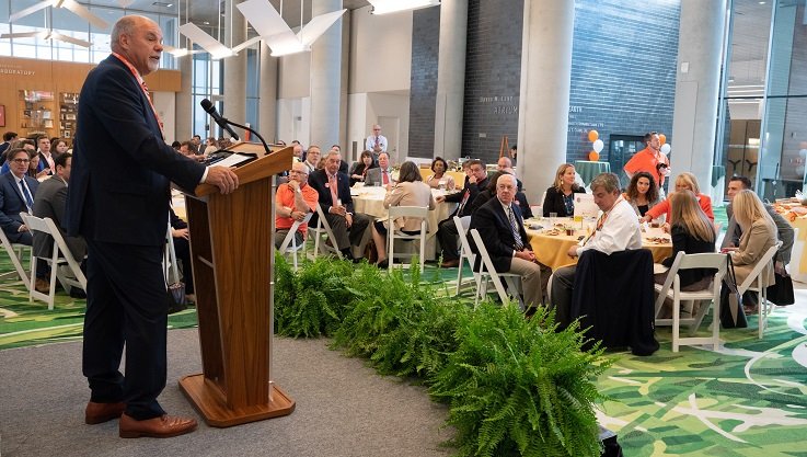 There was a full house on September 20 for the annual Lunch with the Judiciary and Alumni. This year's keynote speaker was the Hon. Glenn T. Suddaby L'85, Chief US District Judge, Northern District of New York.